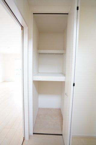 1階廊下 同仕様施工例