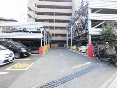 平置き・機械式駐車場です。