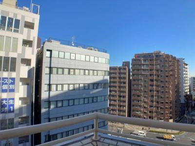 10階部分のお部屋からは開放的な街並みを望めます。