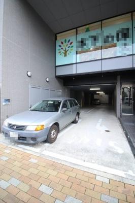 【駐車場】アムラスビル