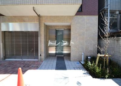 【エントランス】新宿御苑荘