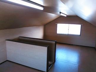 小屋裏収納、多目的スペースとしても利用できます