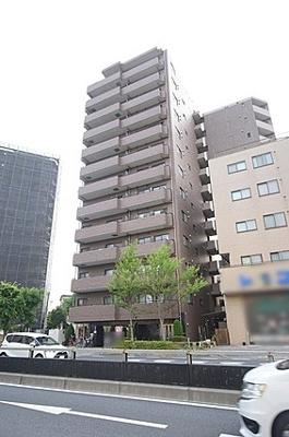 総戸数39戸、13階建のマンションです。