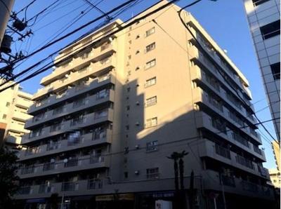 入谷松が谷マンション 外観です。