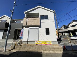 東葉高速・新京成線「北習志野」駅徒歩18分の全2棟の新築一戸建てです。