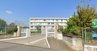 新川中学校…約504m(徒歩約7分)