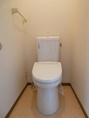 温水シャワートイレにしました。