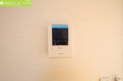 事前に来訪者が確認できるTVモニター付きインターフォン