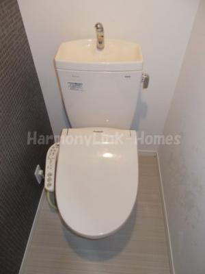 アーバンレジスのシンプルで使いやすいトイレです★