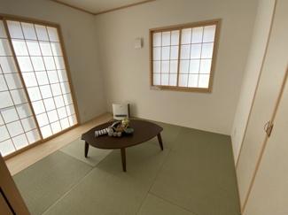 い草の香りが落ち着く素敵な和室です