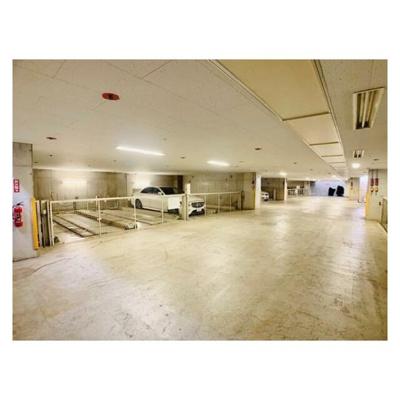 【駐車場】アパートメンツ東山(アパートメンツヒガシヤマ)