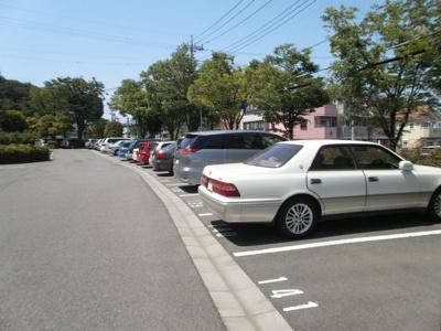 敷地内駐車場空きあり