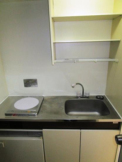 IHコンロ設置済のキッチンです。