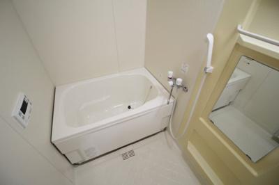 【浴室】ラヴィスタ東豊中