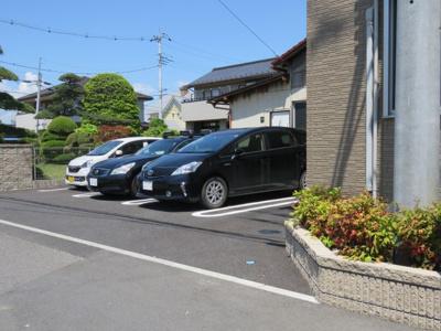 【駐車場】エストカーサ