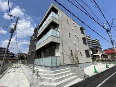 積水ハウス施工の賃貸住宅シャーメゾン♪2021年3月完成の閑静な住宅地にある新築3階建てマンション♪新しいお部屋に住みたい方にオススメ☆