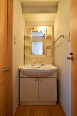 【洗面所】リバーサイドタワー