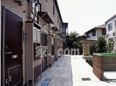 【エントランス】レオパレスオリーブハウスⅡ(25517-204)