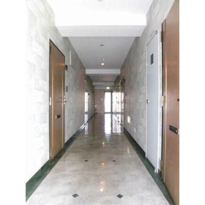 K-16の廊下