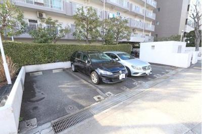 駐車場です。最新の空き状況等はお問い合わせ下さい。