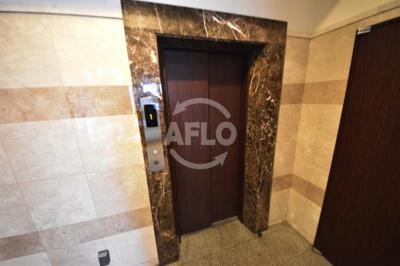 サムティ阿波座Lusso エレベーター