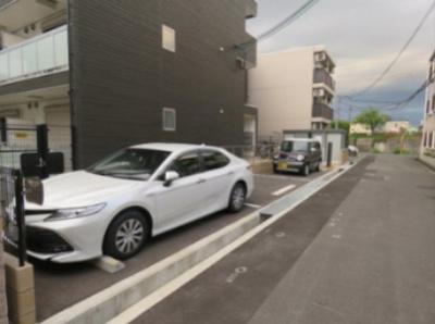【駐車場】リブリ・昭和園