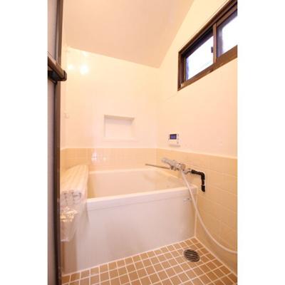 【浴室】南区氷室町戸建