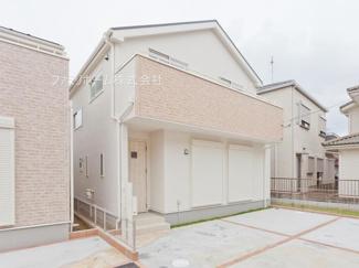 千葉市稲毛区長沼町 新築一戸建て 外観施工例です。