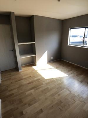 【洋室】月見ヶ丘2丁目 収納が多い女性に嬉しい新築住宅