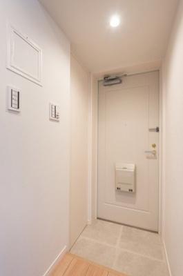 玄関にはシューズインクローゼットもあり、スッキリと片付きます。
