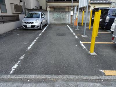 高野駐車場