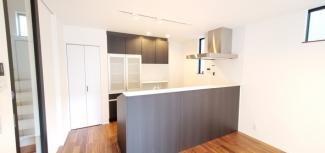 開放的なキッチンです