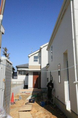 【前面道路含む現地写真】堺市西区上野芝向ヶ丘町3丁 新築一戸建て