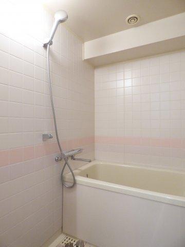 【浴室】アーバンヒルズ石和リゾート