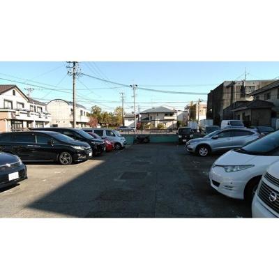 【駐車場】ハビテーション
