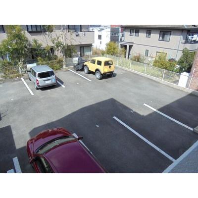 【駐車場】UNAX- III