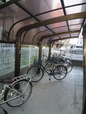 入居者用の駐輪スペースがあります☆
