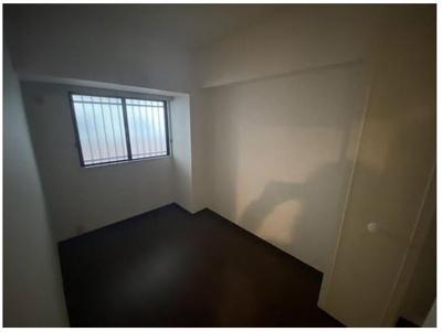 4,1畳の洋室。リモートワークにも最適♪