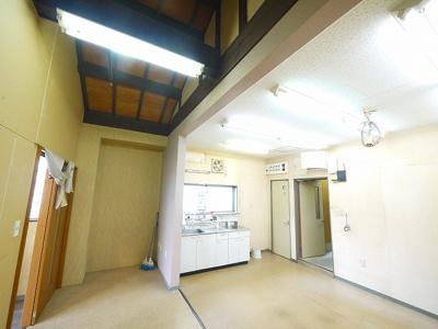 お風呂入替済でキレイです。