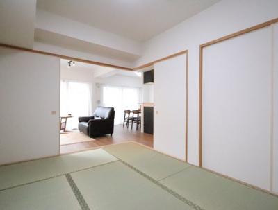 和室、ちょっとしたくつろぎスペースにいかがでしょうか 吉川新築ナビで検索