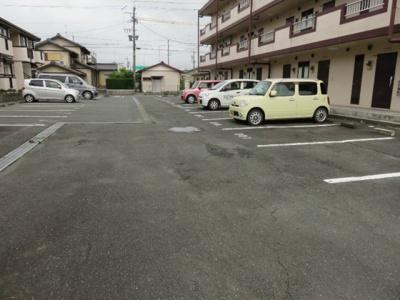 【駐車場】フレッシュハイツ
