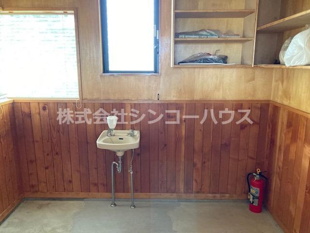 【内装】久喜市原 売店舗