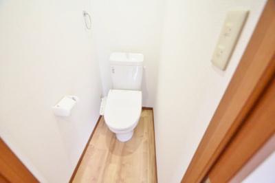 【トイレ】高鷲2丁目戸建