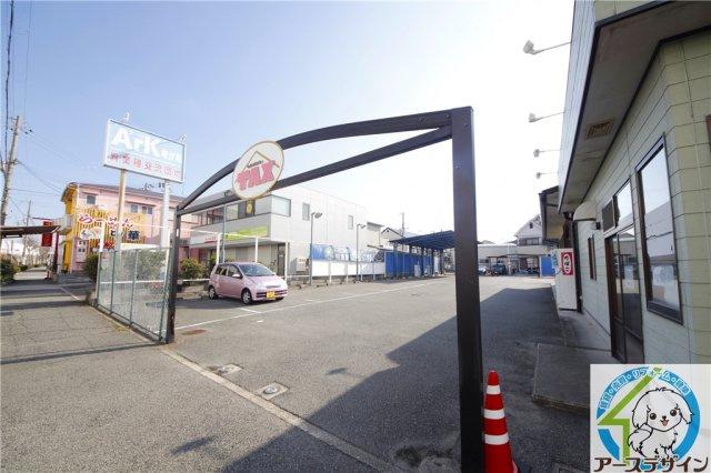 【駐車場】竜が岡貸店舗(ランドリー跡)