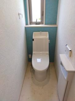 清潔感のあるトイレは1階と2階に完備