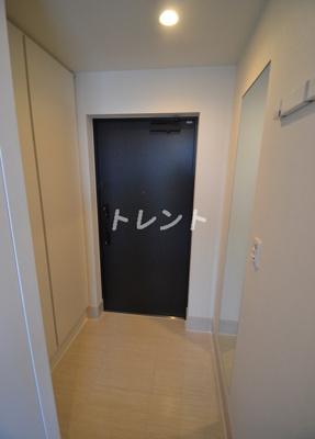 【玄関】コンフォリア新中野