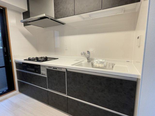 食器洗付システムキッチンです