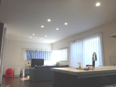 【居間・リビング】神戸市垂水区舞多聞西2丁目 中古戸建