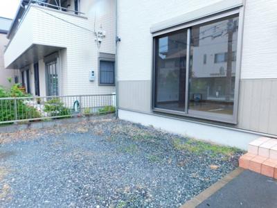 【庭】中央2丁目6-13一戸建て