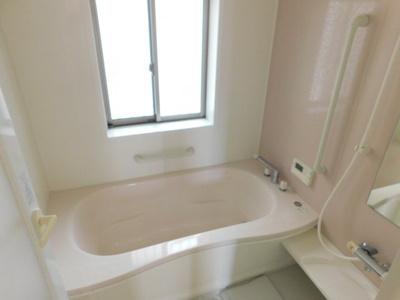 【浴室】中央2丁目6-13一戸建て